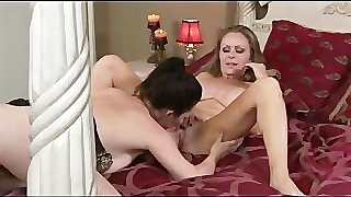 RayVeness and Dyanna Lauren are MILF Lesbos!
